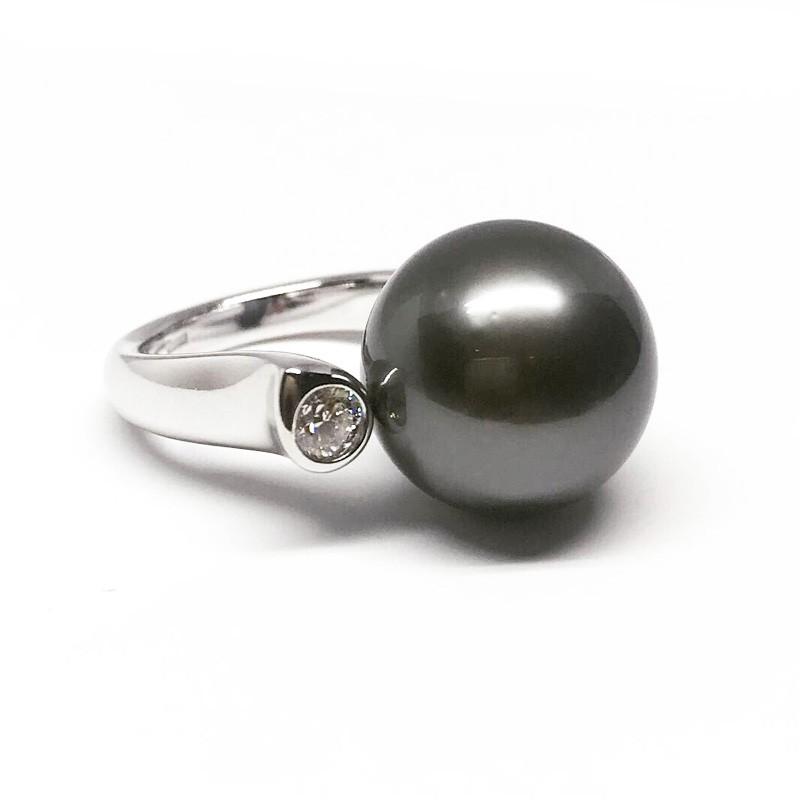 Moteriškas žiedas su Taičio perlu